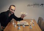 Bogusław Barnaś - założyciel BXB studio prezentujący ideę powstawania projektu Centrum Badmintona w Korei Południowej